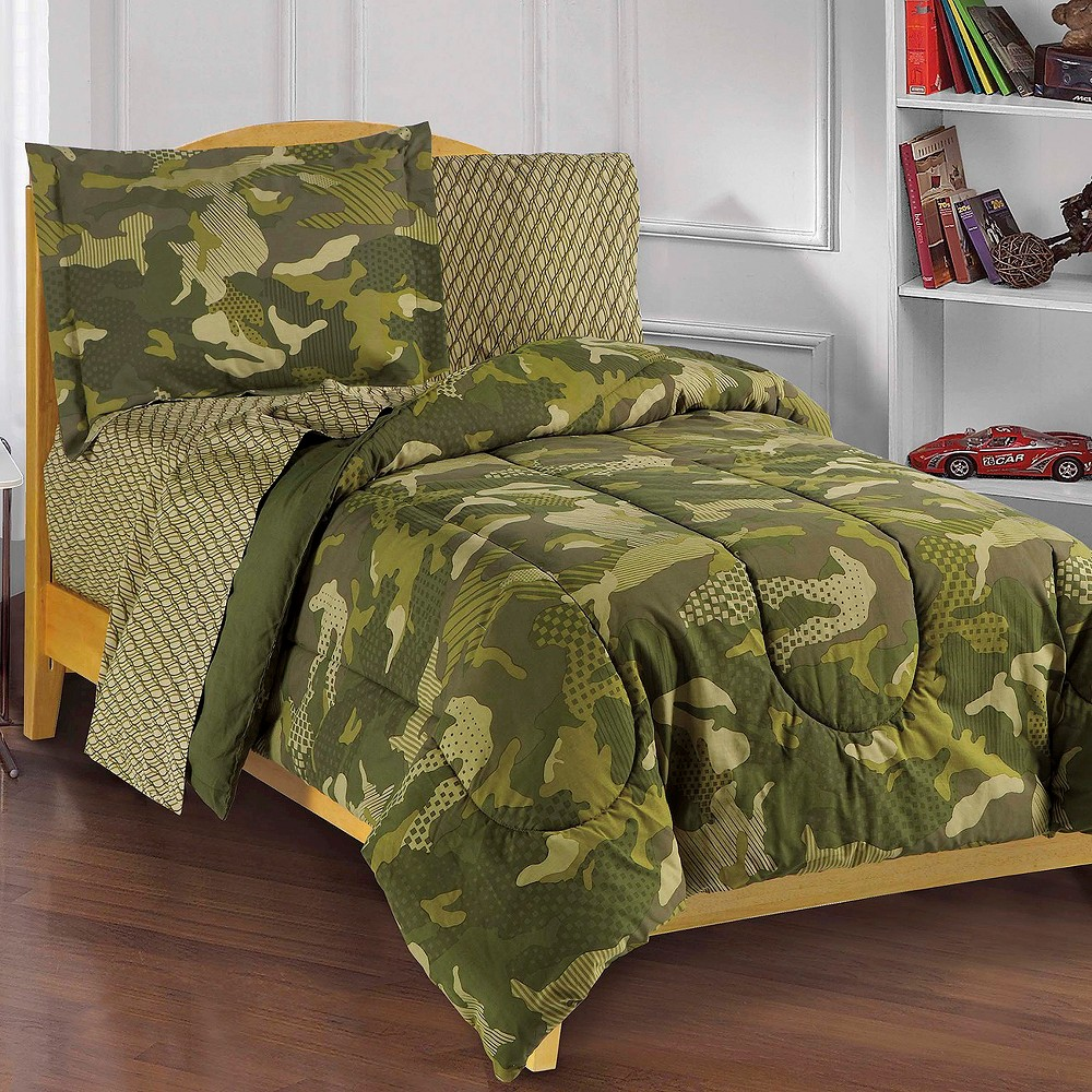 Image of Dream Factory Geo Camo Mini Bed in a Bag - Green (Full)