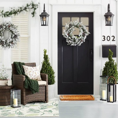 Holiday Inspired Traditional Front Porch Décor Collection
