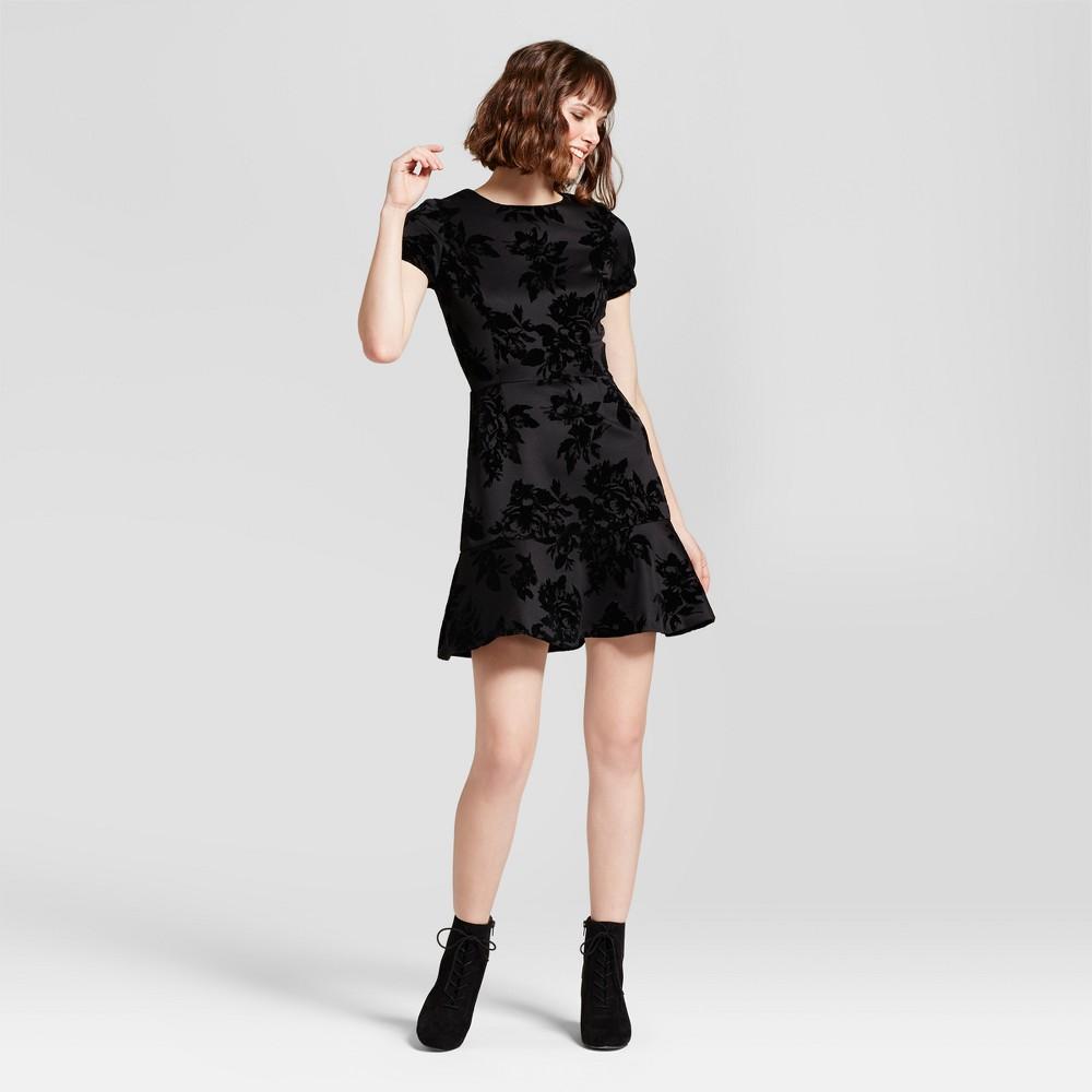 Women S Embossed Velvet Dress Necessary Objects Black Xs