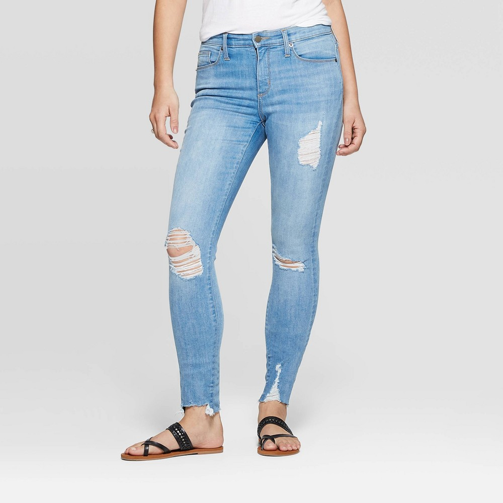 Women's High-Rise Skinny Jeans- Universal Thread Light Wash 4, Blue