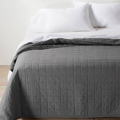 King/California Heavyweight Linen Blend Quilt Dark Gray - Casaluna™