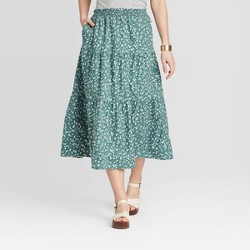 Women's Floral Print Mid-Rise Tiered Skirt - Universal Thread™ Green
