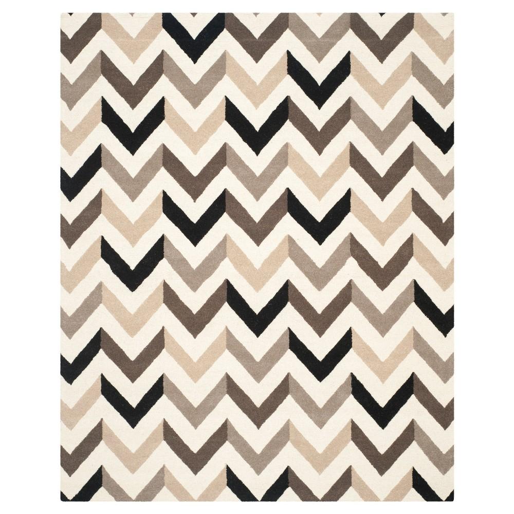 9'X12' Chevron Area Rug Ivory/Black - Safavieh Product Image