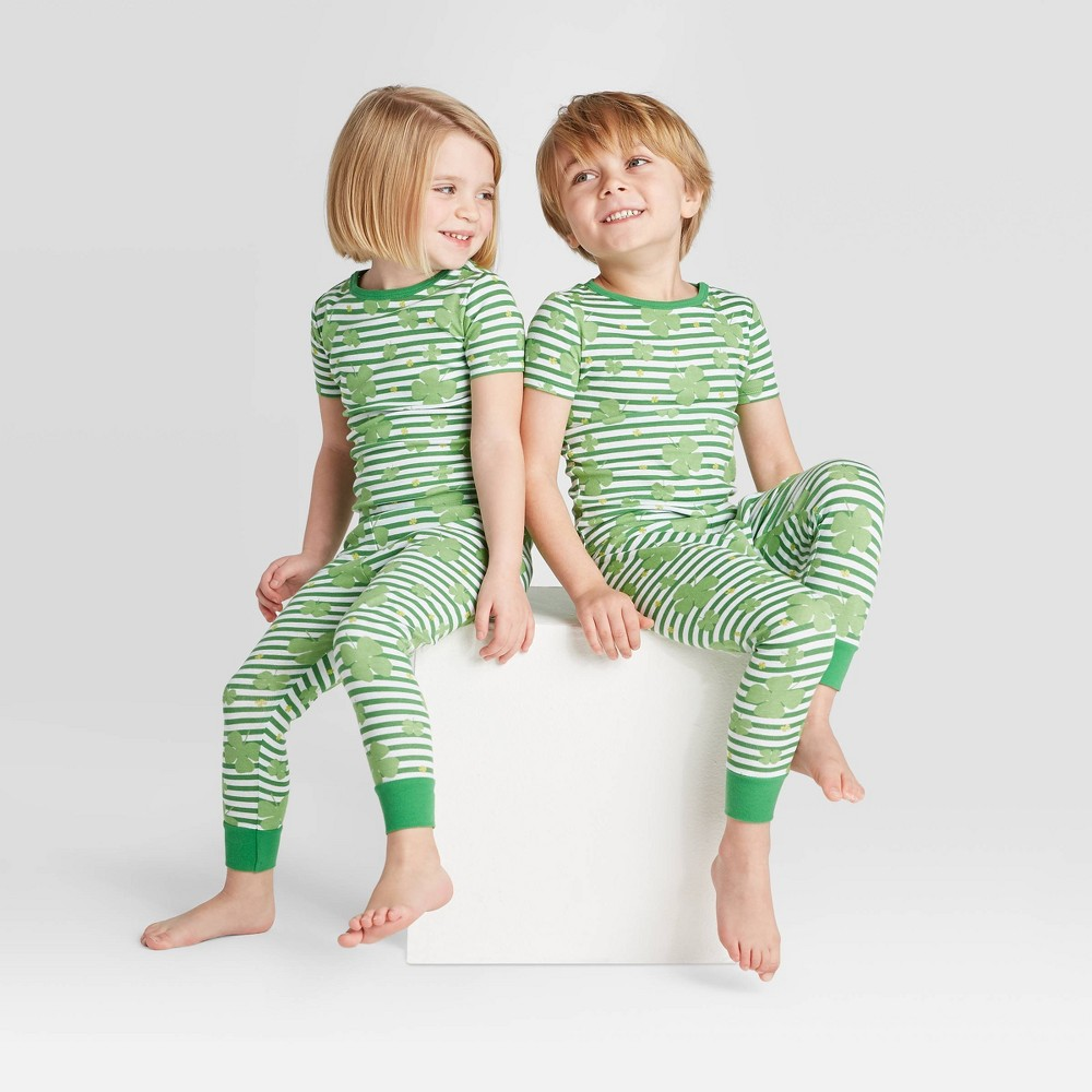 Image of Toddler St. Patrick's Day Clover Leaf Pajama Set - Green 12 M, Adult Unisex, Size: 12M, Green/green