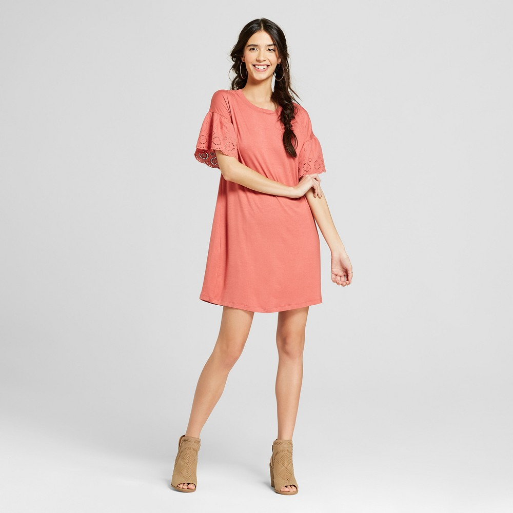 Women's Ruffle Sleeve Eyelet Dress - Lily Star (Juniors') Rust (Red) M