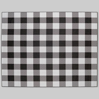 7' x 10' Buffalo Plaid Outdoor Rug Black - Threshold™