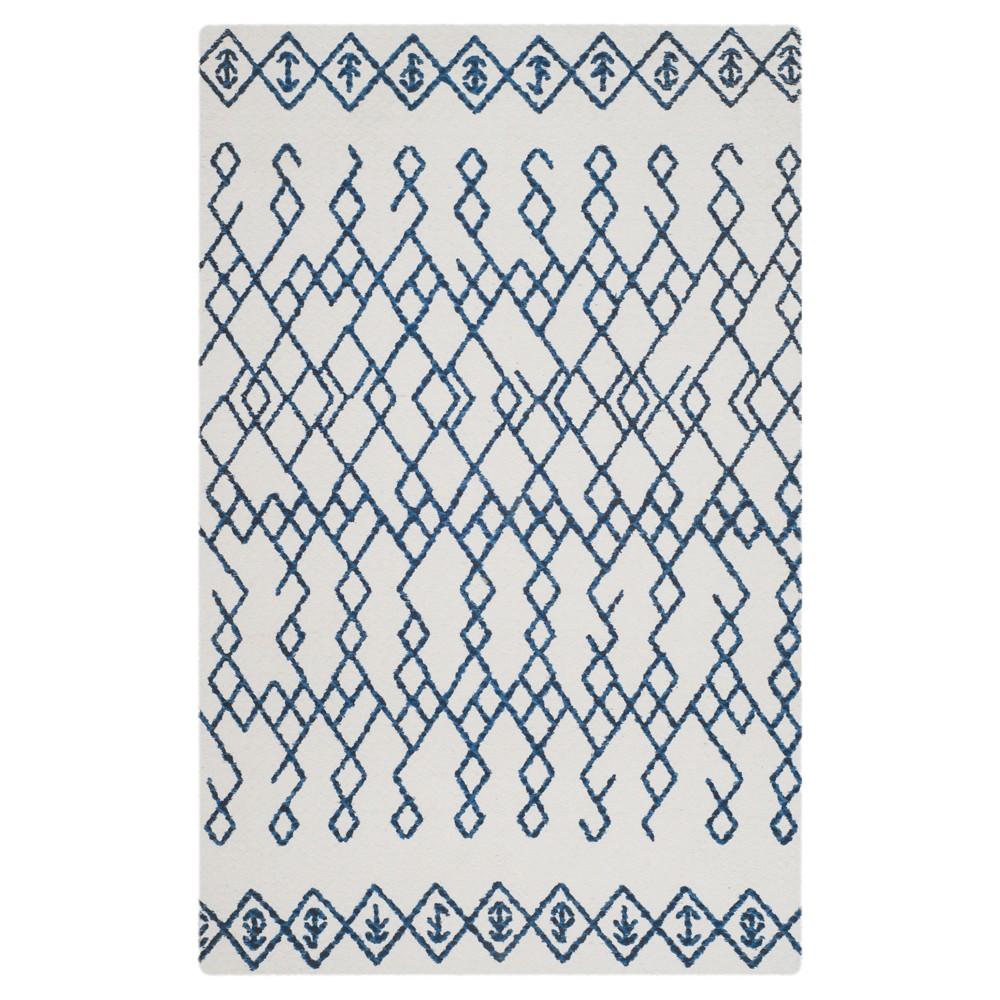 Ivory/Navy (Ivory/Blue) Geometric Loomed Accent Rug 4'X6' - Safavieh