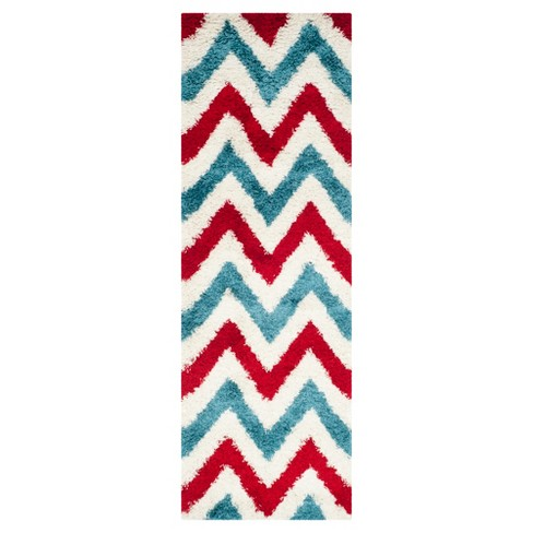 "Hastings Area Rug - Ivory/Red (2'3""x7') - Safavieh® - image 1 of 3"