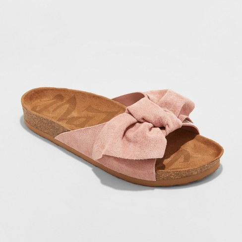 Women's Mad Love Adia Bow Footbed Sandals - Blush - image 1 of 3
