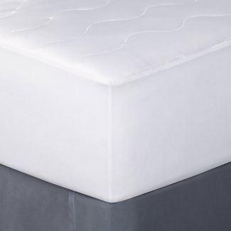 Twin XL Cooling Waterproof Mattress Pad - Room Essentials™