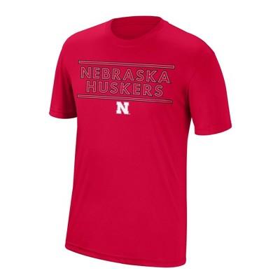 NCAA Nebraska Cornhuskers Men's Short Sleeve Crew Neck T-Shirt