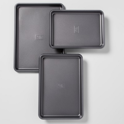 Carbon Steel Non-Stick Cookie Sheet Set of 3 Dark Gray - Made By Design™