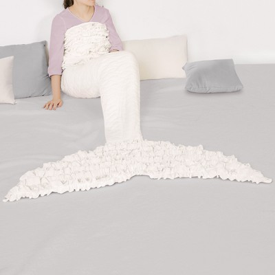 "30""x75"" Mermaid Ruffle Sherpa Throw White - Lush Décor"