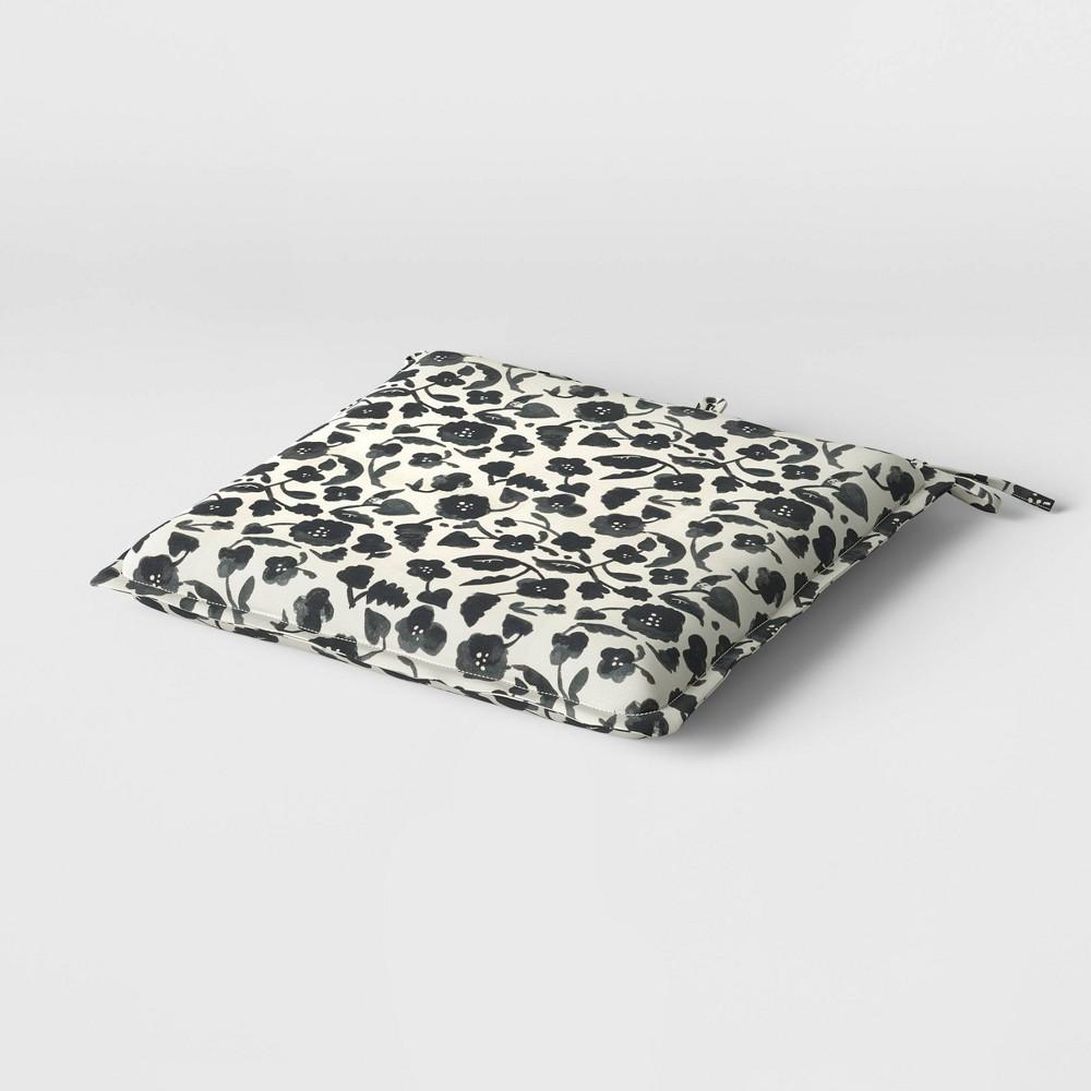 19 34 X 19 34 Cushion Seat Pad Duraseason Fabric 8482 Black Floral Opalhouse 8482