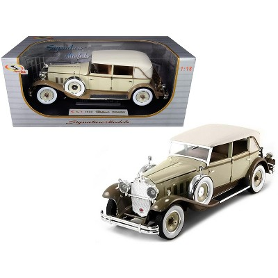 1930 Packard Brewster Tan and Coffee Brown 1/18 Diecast Model Car by Signature Models