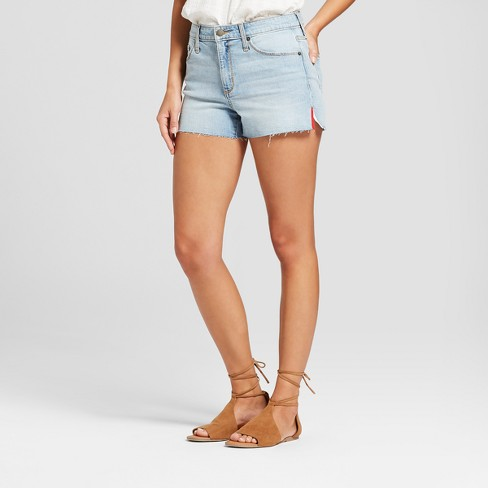 Women's High-Rise Shortie Jean Shorts - Universal Thread™ Light Wash - image 1 of 3