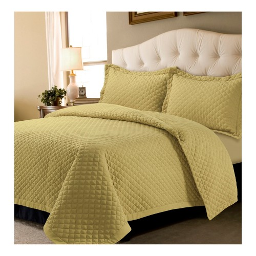 Gold Brisbane Solid Oversized Diamond Quilt Set (Twin) - Tribeca Living