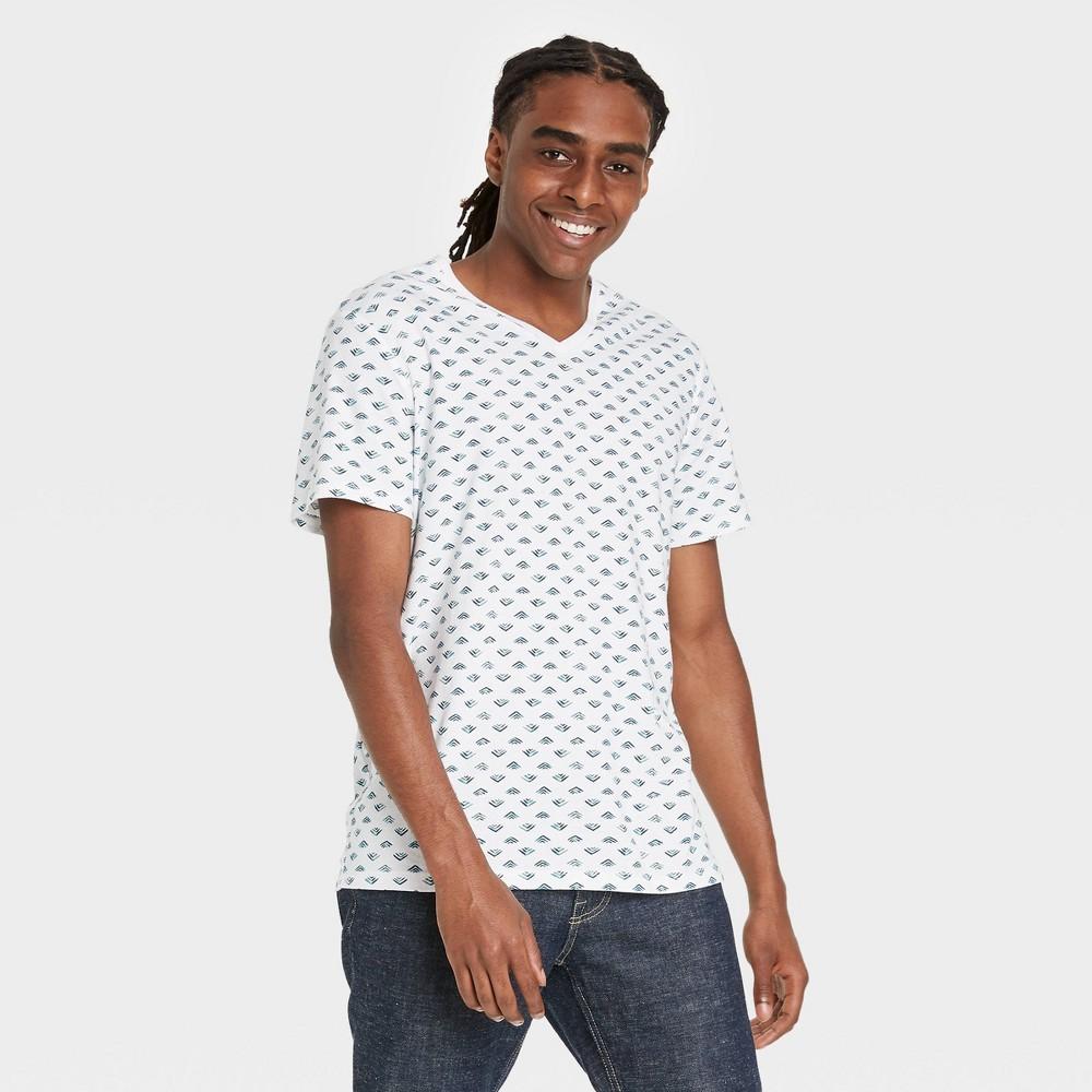 Men 39 S Regular Fit Short Sleeve V Neck T Shirt Goodfellow 38 Co 8482 True White Geometric 2xl