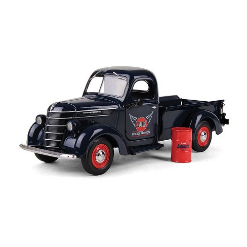 """1938 International D-2 Pickup """"GULF"""" Aviation Products Truck With Barrel 1/25 Diecast Model by First Gear - image 1 of 1"""