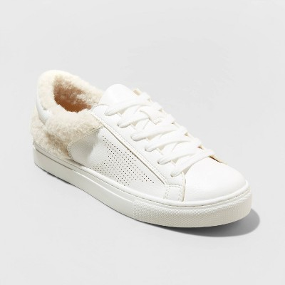 Women's Nia Sneakers - Universal Thread™