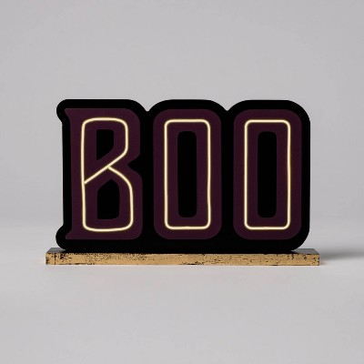 "Light Up ""Boo"" Halloween Tabletop Sign - Hyde & EEK! Boutique™"
