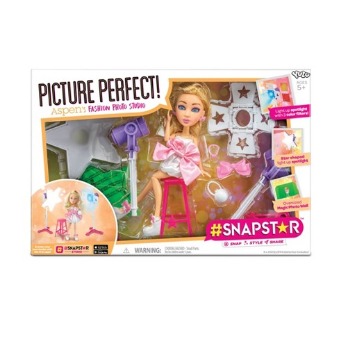 #SNAPSTAR Picture Perfect: Aspen's Fashion Photo Studio - image 1 of 4