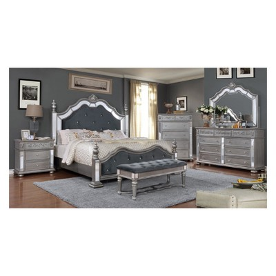 Iohomes Divito Traditional Bedroom Set - HOMES: Inside + Out