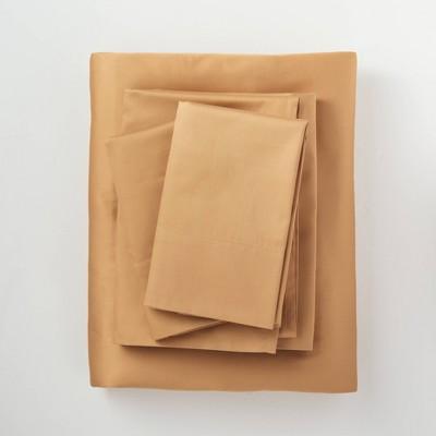 Queen 300 Thread Count Temperature Regulating Solid Sheet Set Honey - Casaluna™