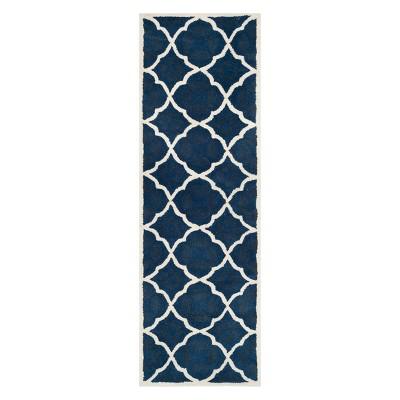 Lindsay Quatrefoil Design Tufted Accent Rug - Safavieh