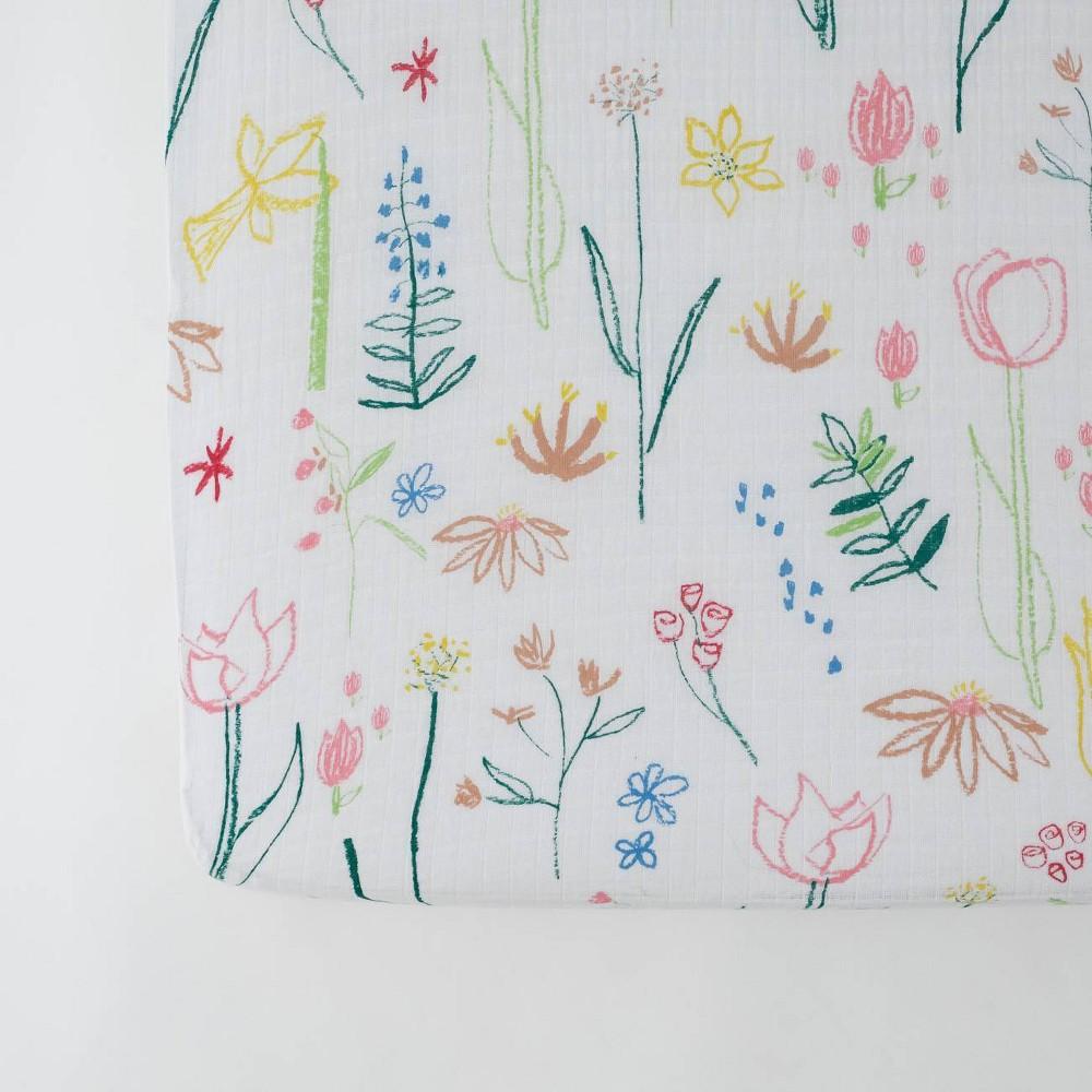 Image of Red Rover Cotton Muslin Crib Sheets - Pastel Petal