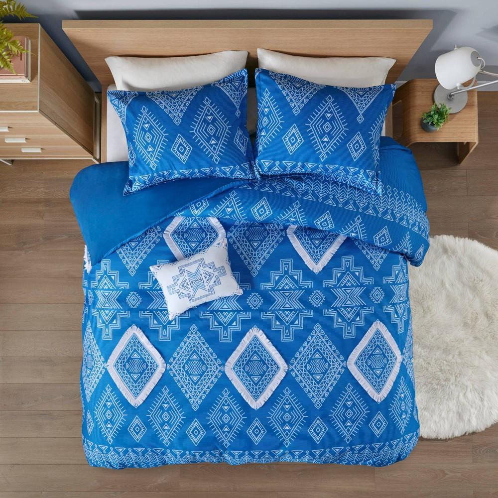 Full Queen Davina Printed Duvet Cover Set With Fringe Trim Blue