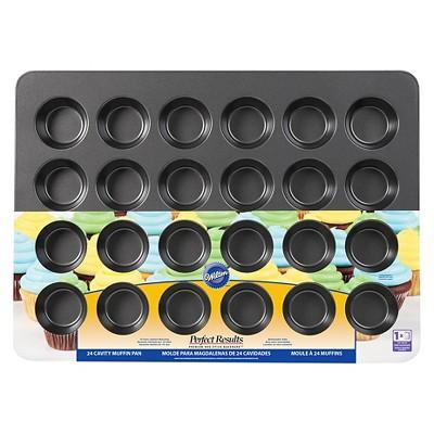 Wilton 24 cavity Mega Muffin Pan
