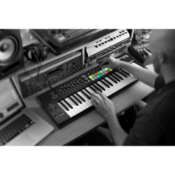 Novation Launchkey 49 MIDI Controller
