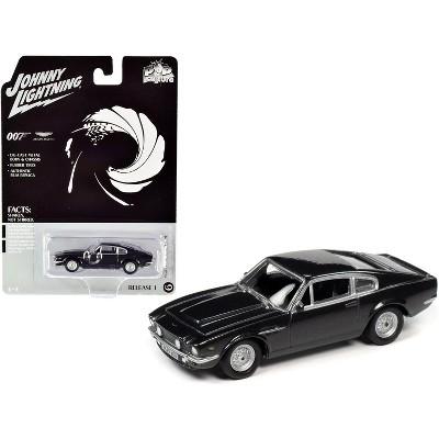 "1987 Aston Martin V8 (James Bond 007) ""No Time to Die"" (2020) Movie ""Pop Culture"" 1/64 Diecast Model Car by Johnny Lightning"