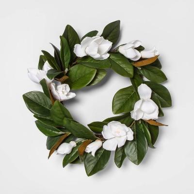 """18"""" Artificial Magnolia Wreath Green/White - Threshold™"""
