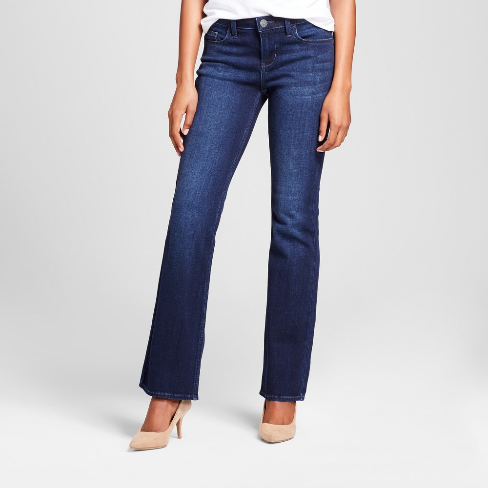 Image of Women's Modern Fit Signature Bootcut Jeans - Crafted by Lee Dark Denim Wash 12