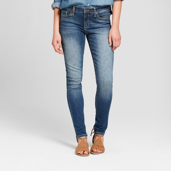 Women's Mid-Rise Skinny Jeans - Universal Thread™ Medium Wash - image 1 of 3