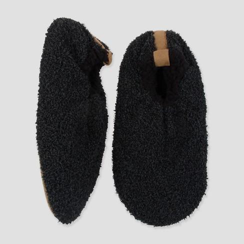 9db07b136a34 Men s Fuzzy Babba Slipper Socks - Black   Target