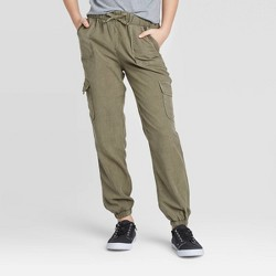 Girls' Mid-Rise Cargo Pants - art class™ Olive