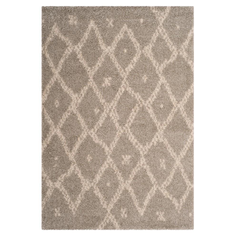 Gray/Ivory Geometric Loomed Area Rug 6'7