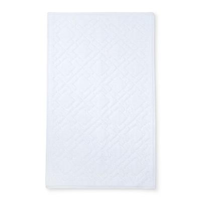 34 x20  Lattice Bath Mat White - Fieldcrest®