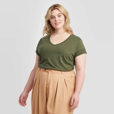 Women's Plus Size Short Sleeve V-Neck Slim Fit T-Shirt - Ava & Viv™