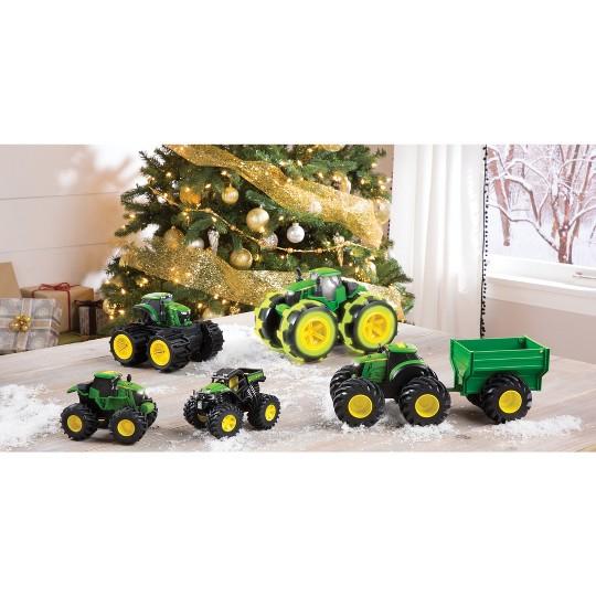 John Deere Monster Treads Mega Wheels Tractor image number null