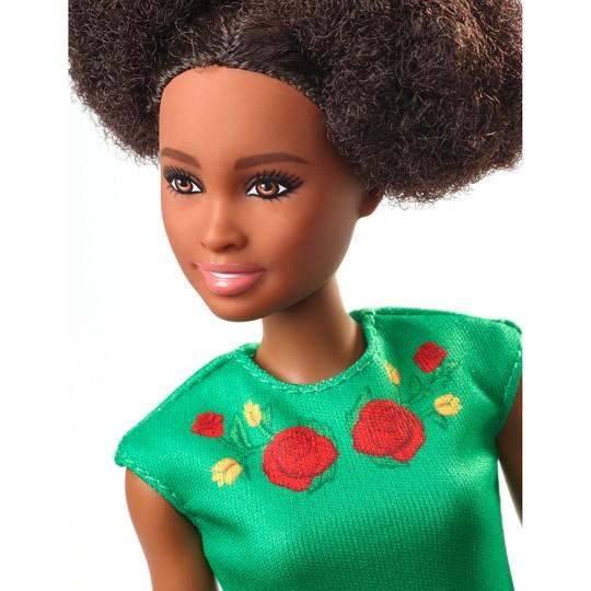 Barbie Travel Nikki Doll, fashion dolls image number null