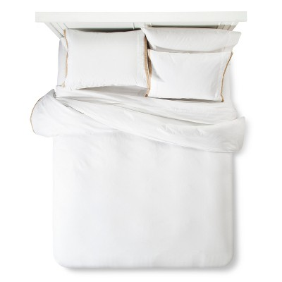 Modern Hotel Duvet & Sham Set King - White & Tan - Fieldcrest™