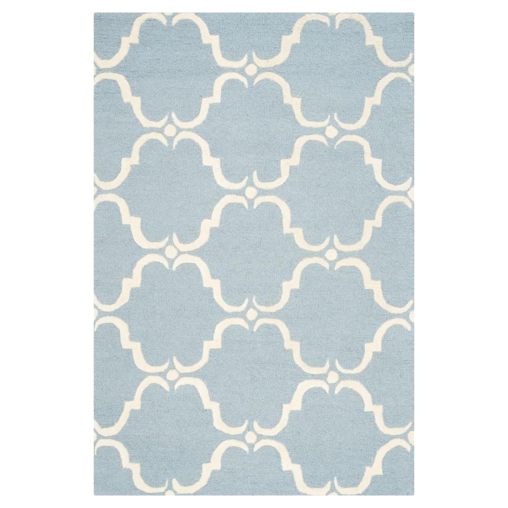 Safavieh Lina Area Rug - Blue / Ivory ( 4' X 6' ), Blue/Ivory