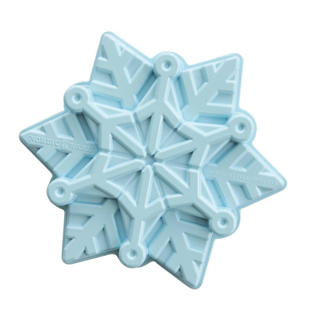 """Image of """"Frozen 2 11"""""""" x 9.6"""""""" x 2.3"""""""" Metal Snowflake Cake Pan Blue - Nordic Ware"""""""