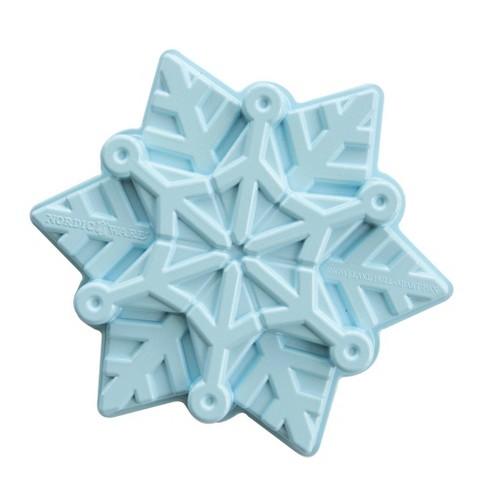 """Frozen 2 11"""" x 9.6"""" x 2.3"""" Metal Snowflake Cake Pan Blue - Nordic Ware - image 1 of 4"""