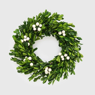 10 and 1/2in Preserved Boxwood Wreath - Sugar Paper™