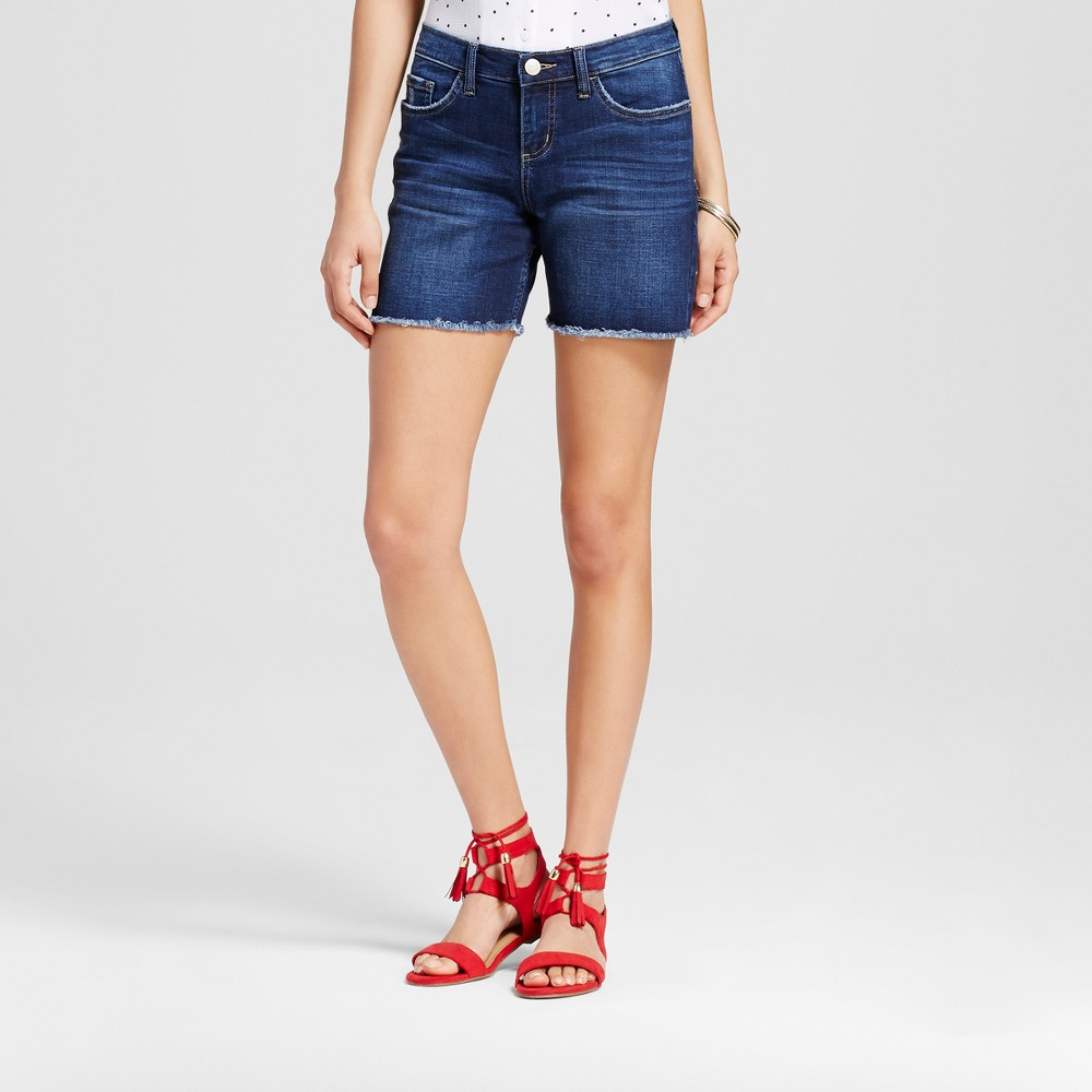 Women's Mid Rise 5 Roll Cuff Jean Shorts - Crafted by Lee Dark Wash 0, Blue